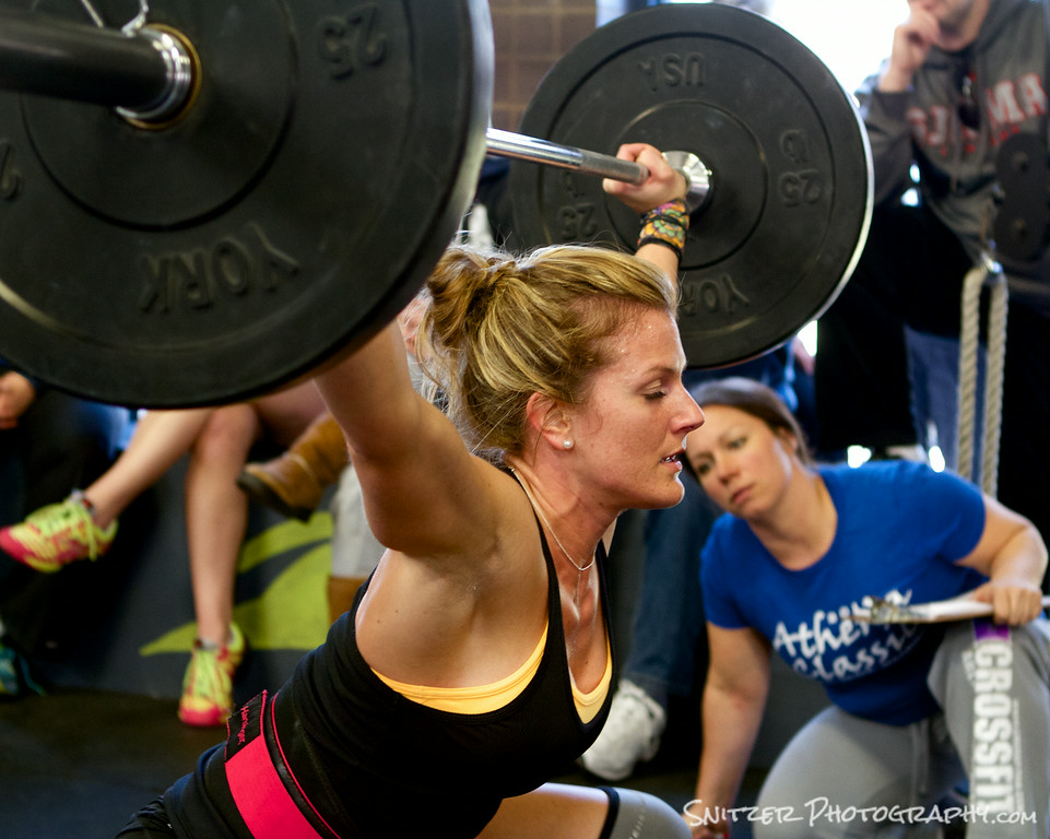 Crossfit participant executing a perfect Snatch.